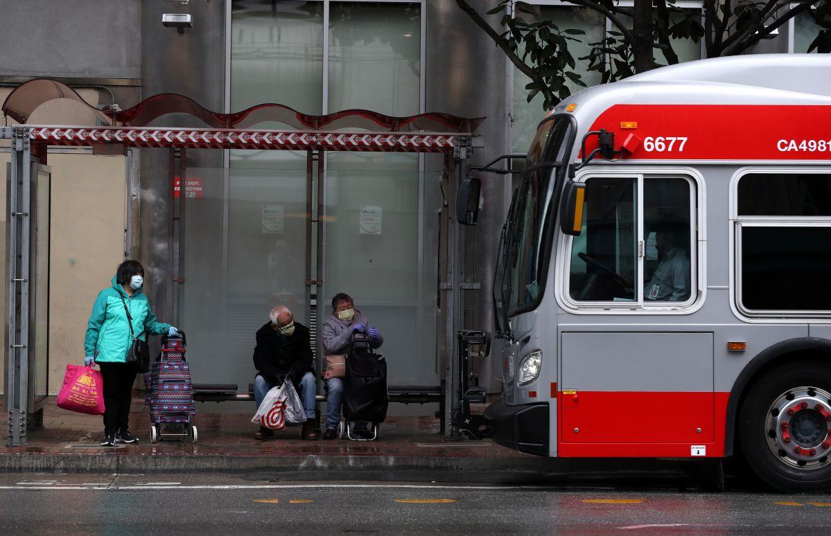 ¿Violencia racista? Arrestan a un hombre por apuñalamiento de dos ancianas asiáticas en San Francisco