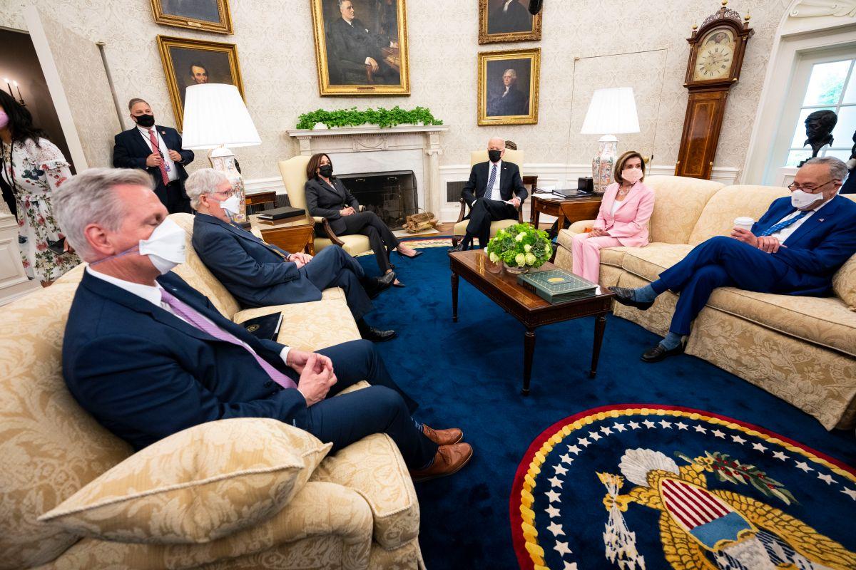 Desde hace más de un mes se dieron las negociaciones entre demócratas, republicanos y el presidente Joe Biden.