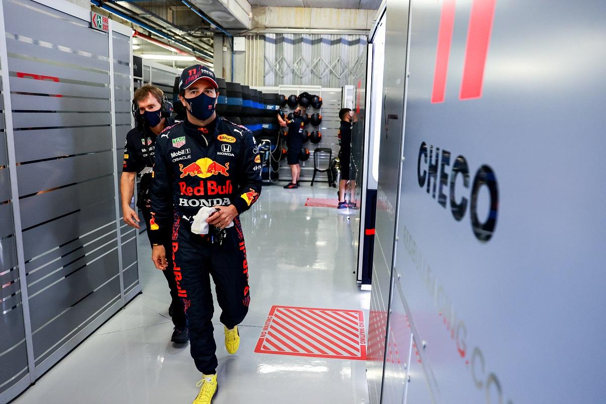 Checo Pérez está ilusionado con un Podio en Portugal tras quedar cuarto en la pole