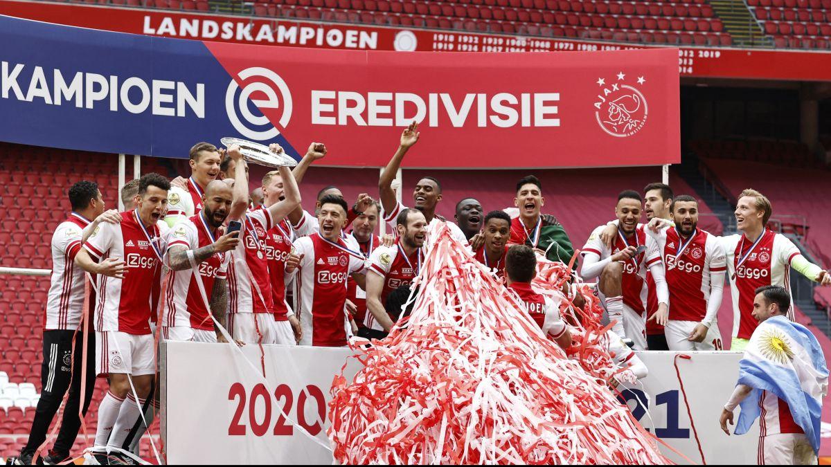 ¡Felicidades, Machín! Edson Álvarez alzó junto al Ajax el título de la Eredivisie