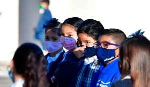 Secretario de Educación espera que todas las escuelas estén abiertas a tiempo completo en septiembre