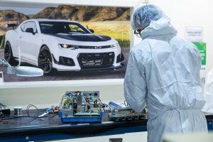 """¿Por qué consideran """"bofetada en la cara"""" a la inversión de GM en México para autos eléctricos?"""