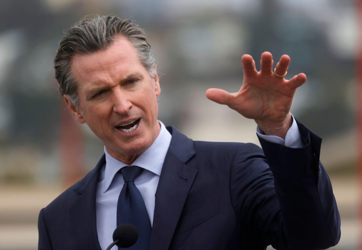 El gobernador de California, Gavin Newsom,, es favorito en la elección revocatoria.