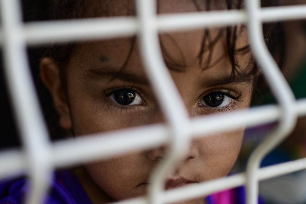 Más de 40,000 niños sin sus padres ingresaron a Estados Unidos y podrían ser indocumentados durante mucho tiempo