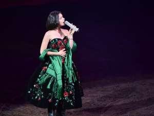 Ángela Aguilar se olvida de cómo cantó el Himno Nacional y presume logro