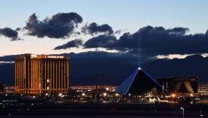 Hombre fue arrestado horas antes de su boda en Las Vegas por violar a una de sus invitadas