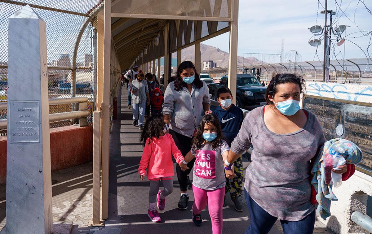 CBP revela que se han otorgado más de 10,000 solicitudes de asilo desde México.