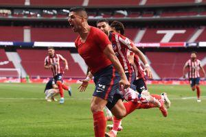 Atlético de Madrid sigue líder tras agónico gol de Luis Suárez