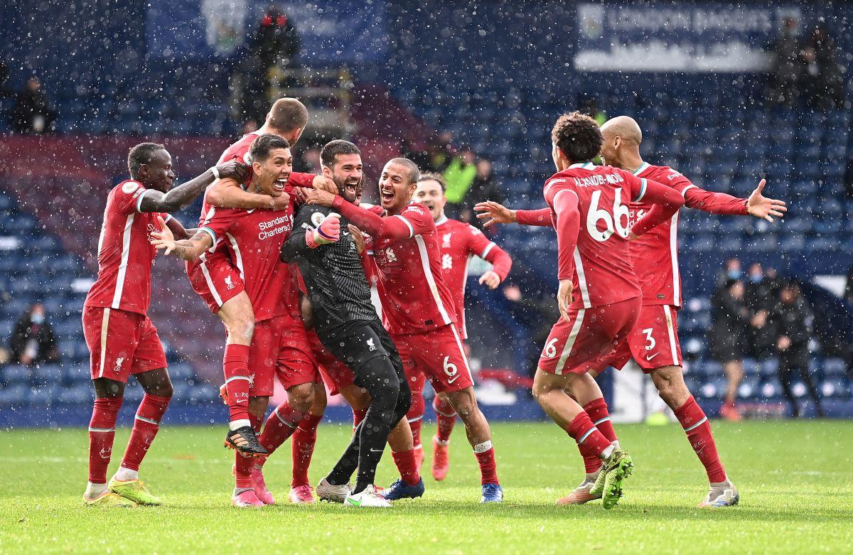 El portero Allison Becker anotó en el último minuto gol del triunfo para el Liverpool