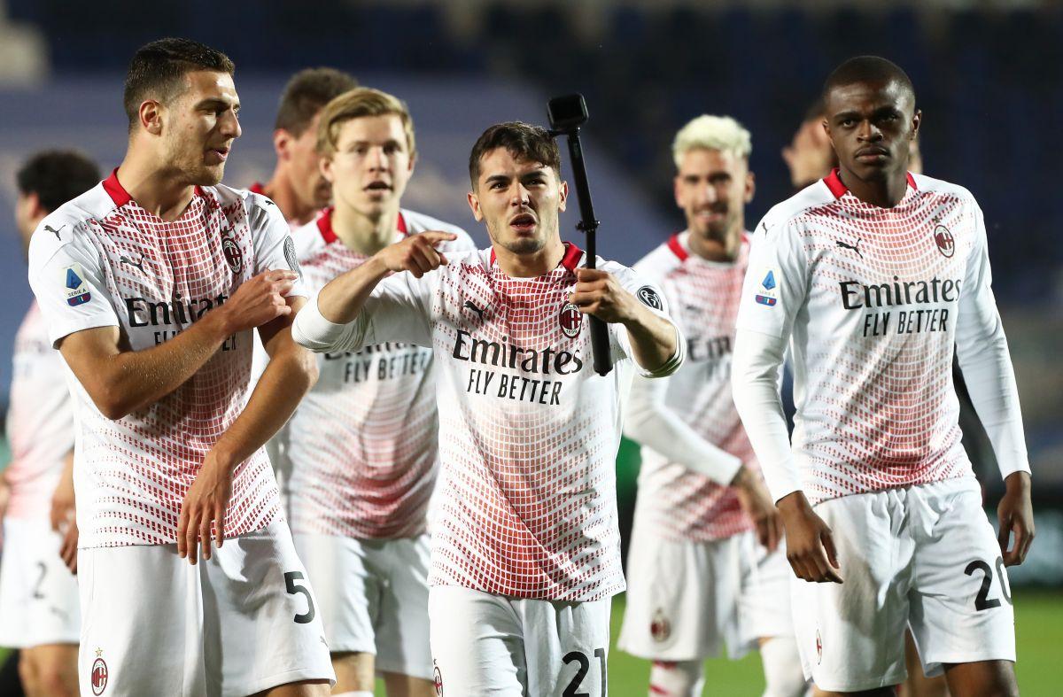 El AC Milan quedó segundo en la Serie A con 79 puntos.