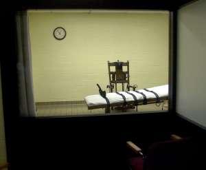 Gobernador de Carolina del Sur firma proyecto de Ley que exige a condenados a muerte escoger entre el pelotón de fusilamiento y la silla eléctrica para su ejecución