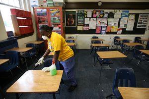 Texas prohíbe a las escuelas públicas que exijan el uso de mascarilla