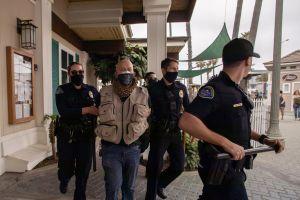 Casi 150 detenidos en fiesta masiva anunciada en TikTok y que acabó con severa intervención policial