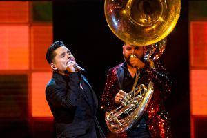 Cantante Larry Hernández encendió la fiesta de Cruz Azul tras el campeonato