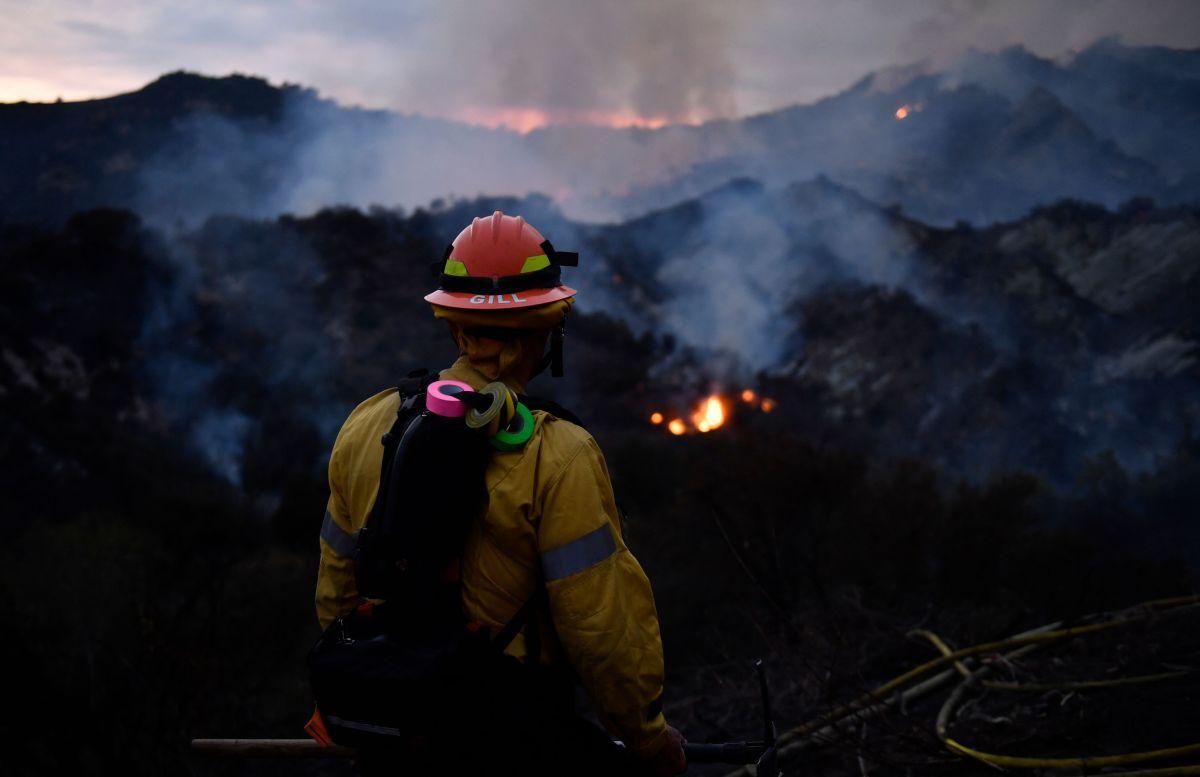 Arrestado sospechoso de provocar incendio de 1,325 acres en Pacific Palisades