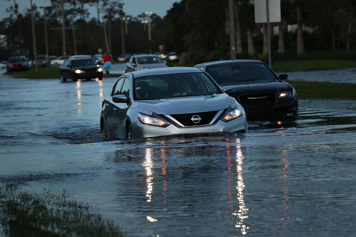 Fuertes lluvias causaron inundaciones repentinas en Tennessee.
