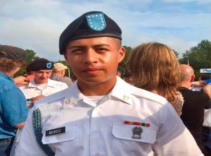 """""""Al menos me hubiera dejado una nota despidiéndose"""", la sospecha de la madre del soldado Juan Muñoz"""