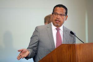 Fiscal general de Minnesota llevará el caso contra la exoficial Kim Potter por la muerte de Daunte Wright