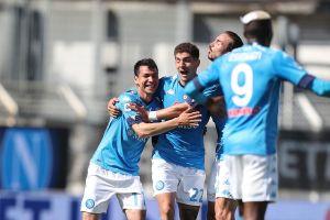 'Chucky' Lozano marcó  con el Napoli y entró al top 5 de goleadores mexicanos en Europa