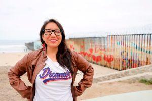 """Abogada """"dreamer"""" regresa a California tras ayudar a cientos de inmigrantes a pedir asilo"""