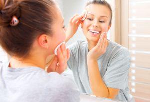 7 productos con ácido salicílico para combatir el acné en tu rostro