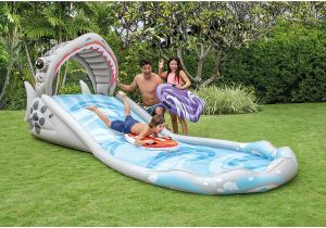 Los mejores deslizadores acuáticos para que tus hijos se diviertan en casa este verano
