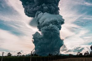 Mhoni Vidente predice erupciones de nuevos volcanes en Estados Unidos y México