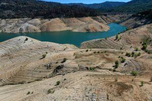 Latinos en áreas rurales de California temen perder de nuevo el acceso al agua por la sequía