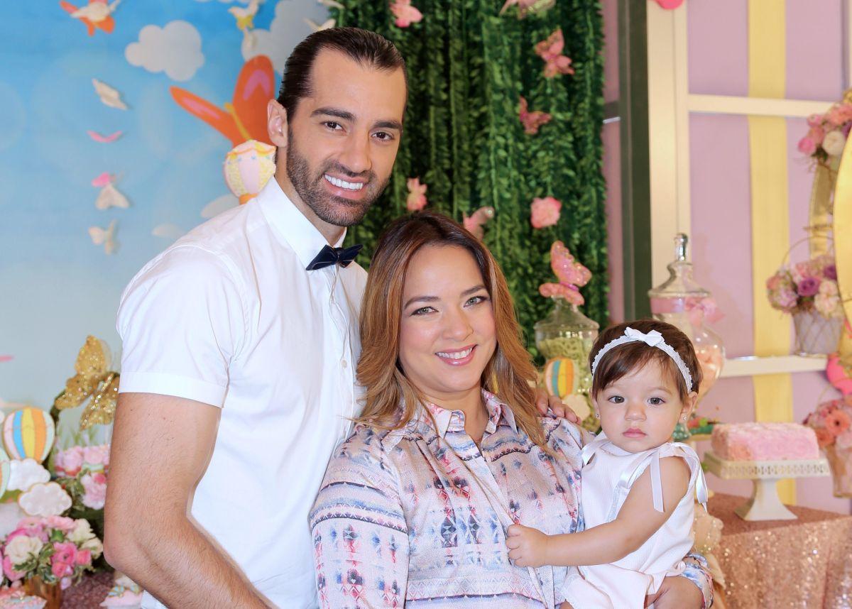Adamari López manda mensaje de felicitación a Toni Costa por el Día del Padre