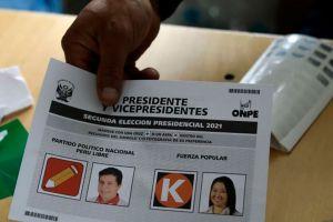 Igualdad entre Keiko Fujimori y Pedro Castillo en la recta final del conteo en las elecciones por la presidencia en Perú