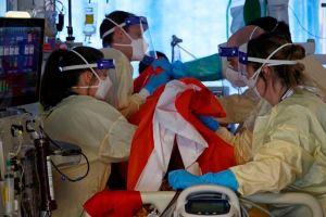Descubren una nueva terapia que salva la vida de pacientes con COVID-19 grave