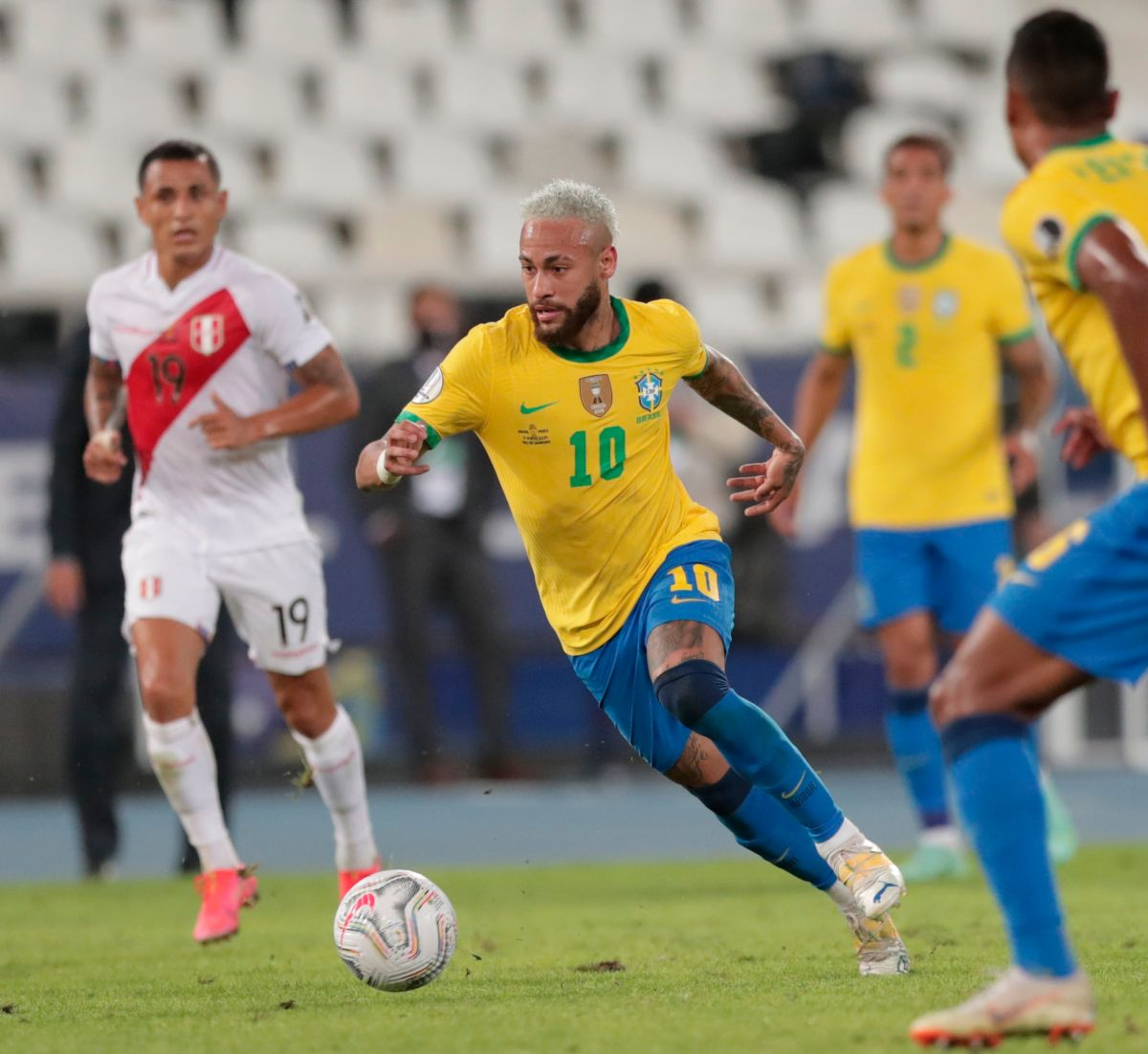 Con pura magia: Brasil goleó 4-0 a Perú y así fueron los tantos de la Verdeamarela