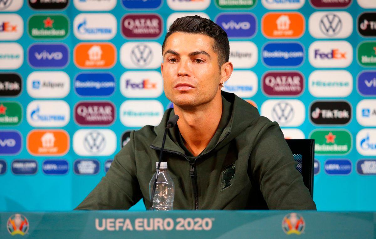 Cristiano Ronaldo y Coca-Cola: respuesta de la UEFA, una posible sanción y memes imperdibles
