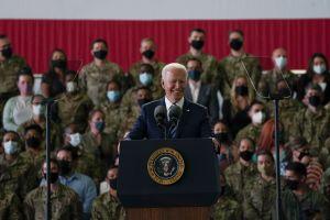Biden llega al Reino Unido, la primera escala de su viaje a Europa