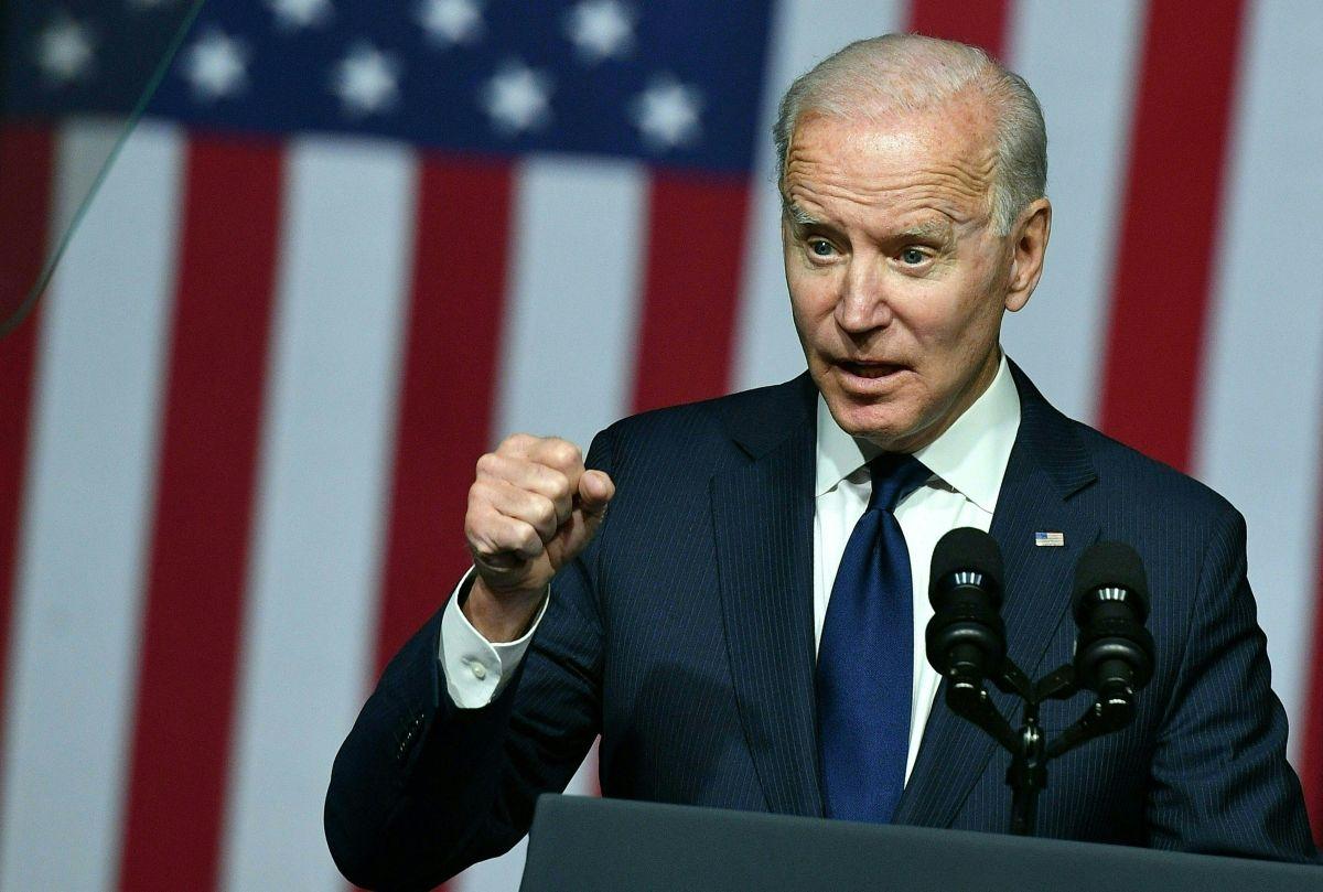 Por qué un cuarto cheque de estímulo es inviable en el Congreso y un problema para Biden