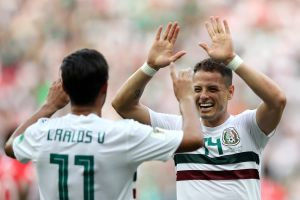 Estrellas acrobáticas: Chicharito y Carlos Vela lideran equipo de MLS en desafío de habilidades contra la Liga MX