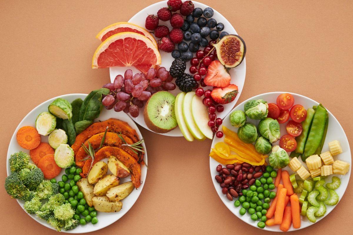 Las dietas basadas en plantas también pueden integrar alimentos de origen animal.