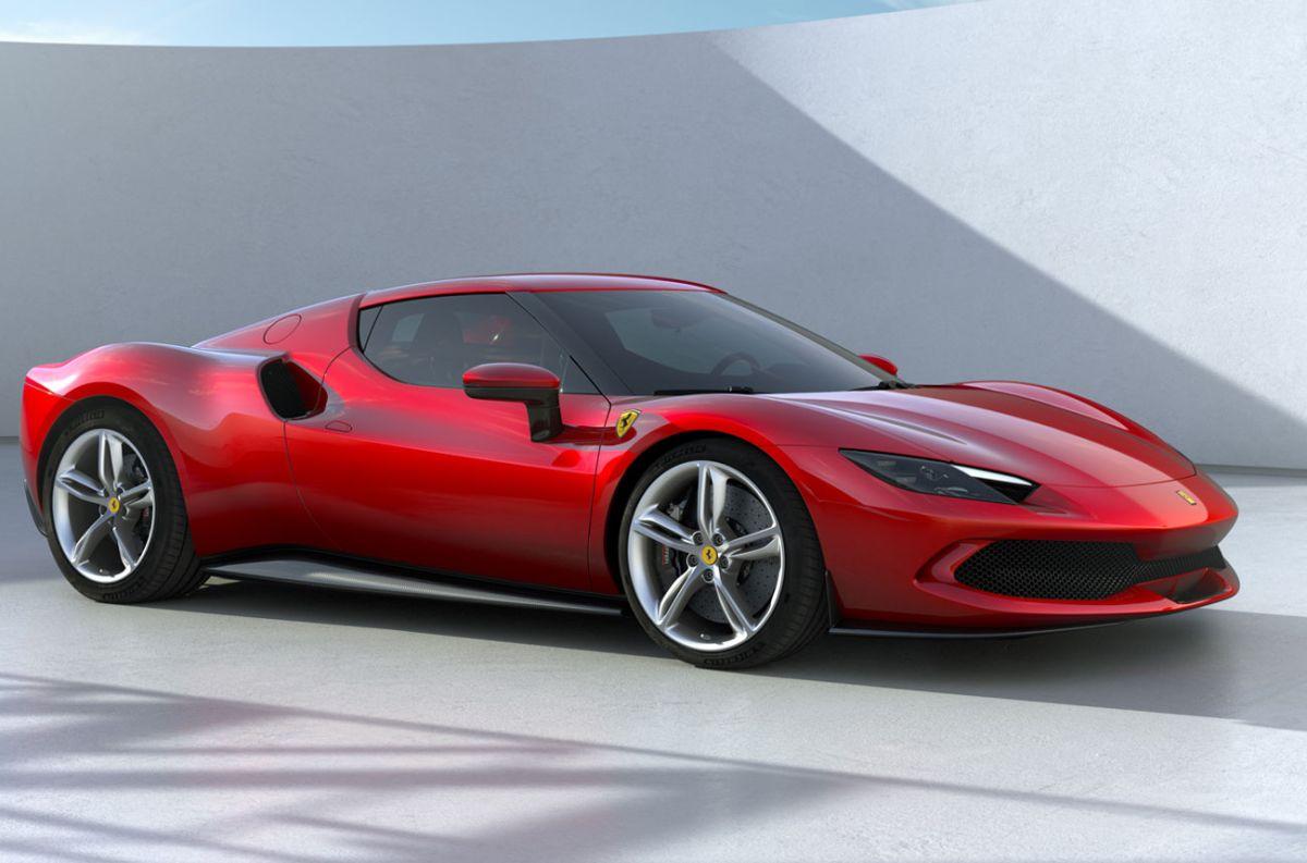 Ferrari presenta su nuevo bólido híbrido enchufable