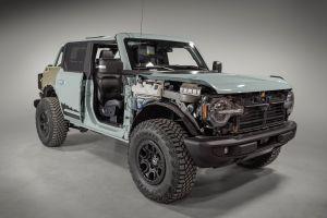 Un manual filtrado revive el rumor sobre el Ford Bronco Hybrid