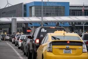 EE.UU. extiende hasta el 21 de julio las restricciones para viajes no esenciales en fronteras con México y Canadá