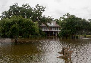 Louisiana, Mississippi, Alabama y Florida ya están bajo alerta de tormenta tropical