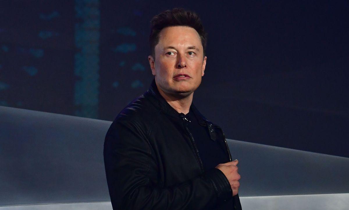 Elon Musk oficialmente se quedará sin casas tras lanzar a la venta su última mansión