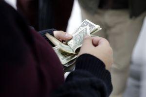 Este fin de semana terminarán las prestaciones de desempleo federales en Alaska, Iowa, Missouri y Mississippi