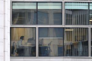 CEO del banco Morgan Stanley exige a sus trabajadores trabajo presencial si quieren tener un sueldo neoyorkino