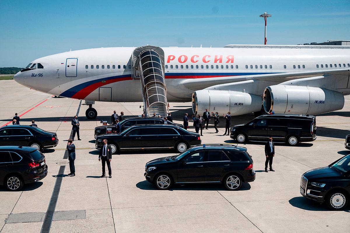 Avión de Vladimir Putin llega a Ginebra Suiza