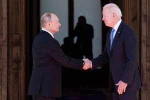 Vladimir Putin y Joe Biden acuerdan diálogo sobre ciberseguridad