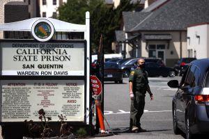 El 57% del personal penitenciario en California le ha dicho 'no' a la vacuna