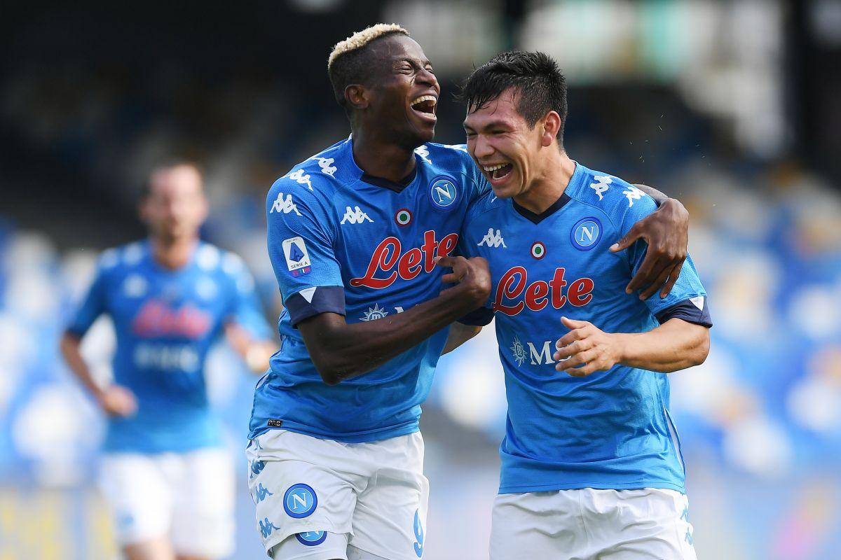 Un guiño a México: futbolista del Napoli entrenó con la camiseta de Pumas de la UNAM