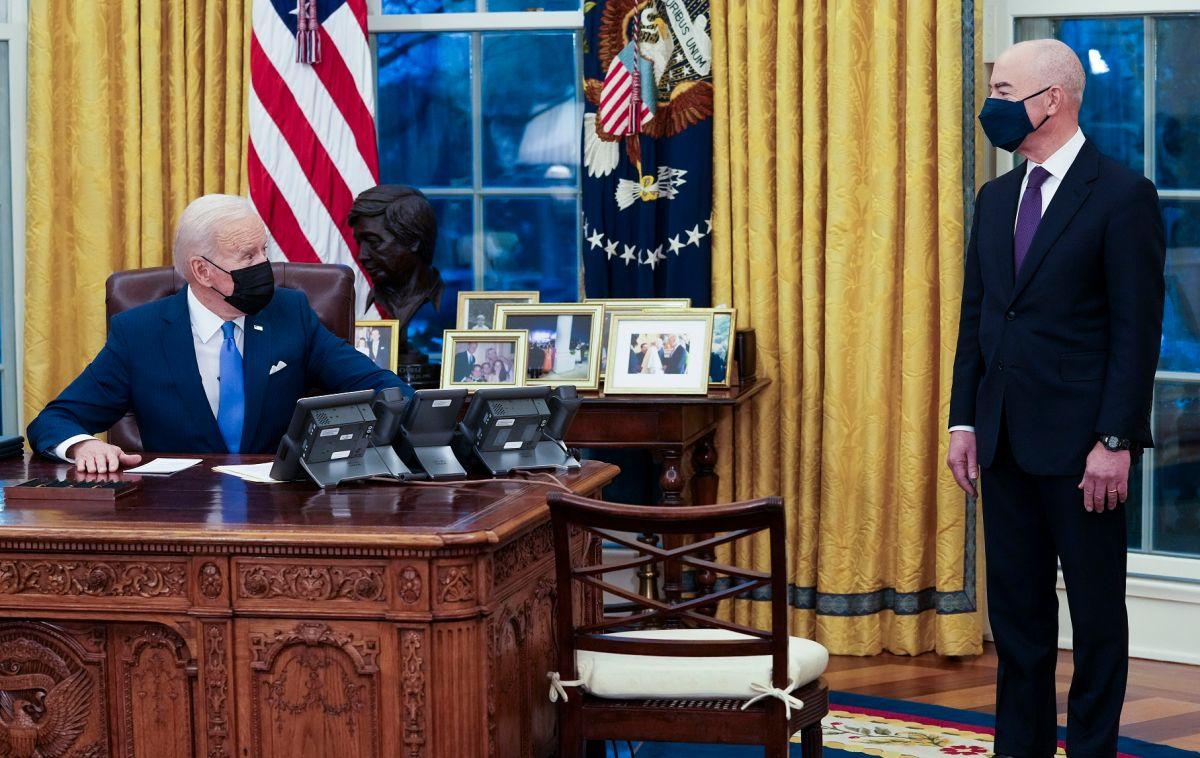 El 2 de febrero, el presidente Biden firmó su orden ejecutiva para mejorar el sistema migratorio.