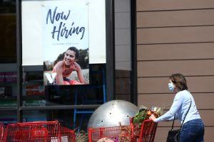 """Estados Unidos añade 559,000 nuevos puestos de trabajo en mayo y Biden calificó el informe como una """"gran noticia"""""""